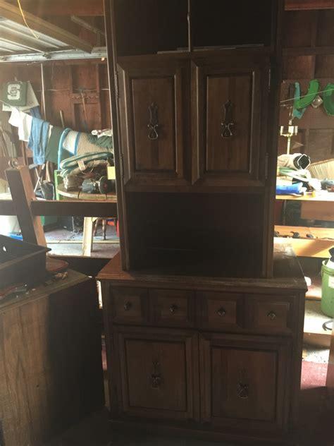 Dresser And Hutch Set by Letgo Bedroom Dresser And Desk Hutch Set In Allen Park Mi