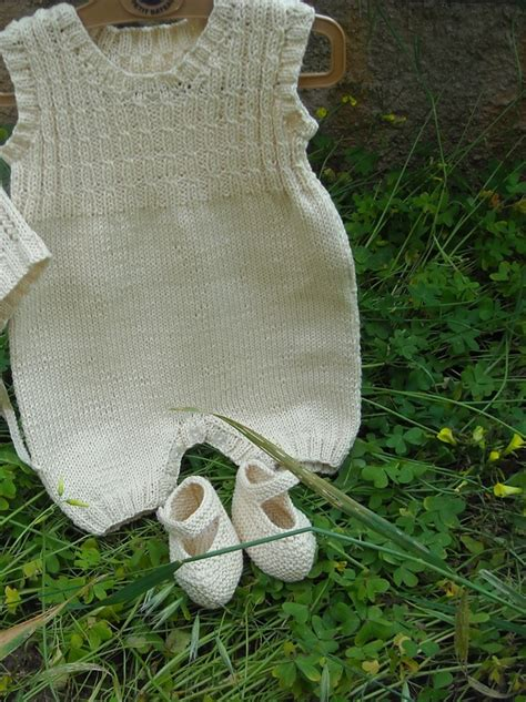 Handmade Knitwear - modelli free tricotting handmade knitwear foto artis