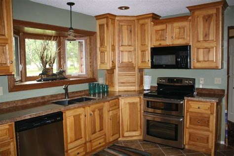 hickory kitchen cabinets wholesale hickory kitchen