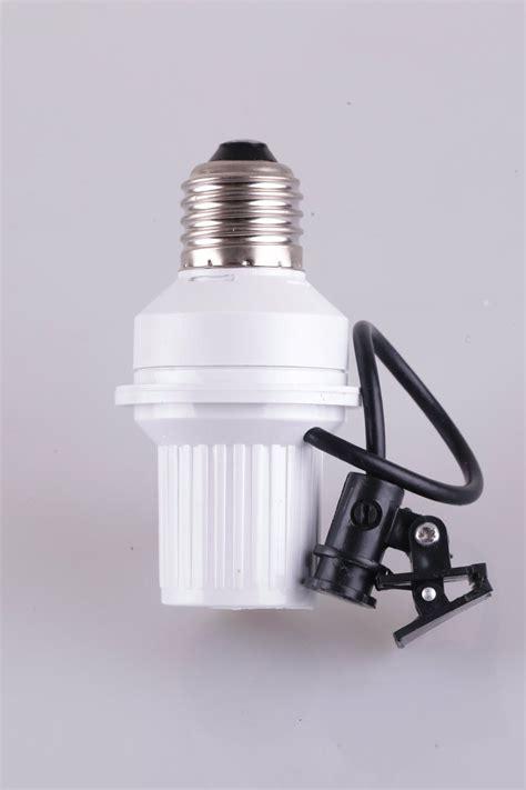 Kualitas Bagus Fitting Sensor Cahaya fitting lu otomatis dilengkapi dengan sensor cahaya tokoonline88