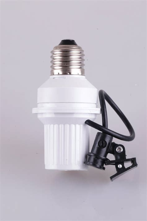 Fitting Saklar Fitting Lu Otomatis Dilengkapi Dengan Sensor Cahaya Tokoonline88