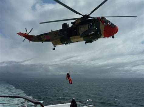 zeiljacht kapseist reddingsactie opgezet voor zeiljacht met drie opvarenden