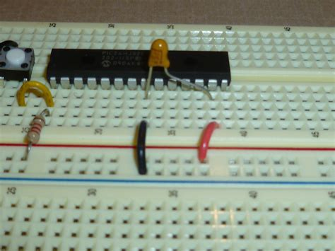 capacitor between reset and ground csci 255 lab 8