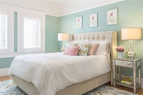 the best paint colors for small space decorating
