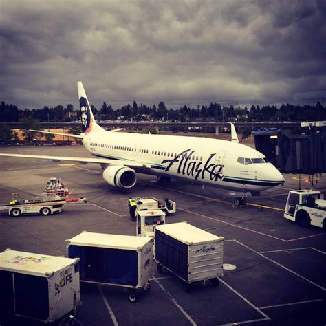 Alaska Airlines Corporate Office by Alaska Airlines Introducing Legroom Economy Seating