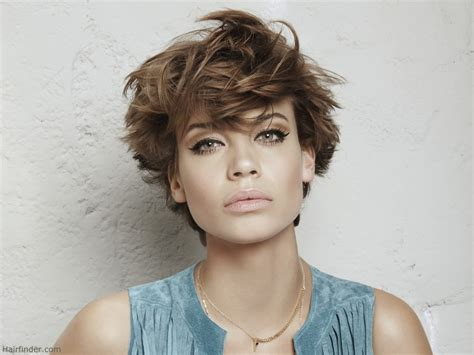 hair styles for back of short and fresh summer hairstyle with angled sides and