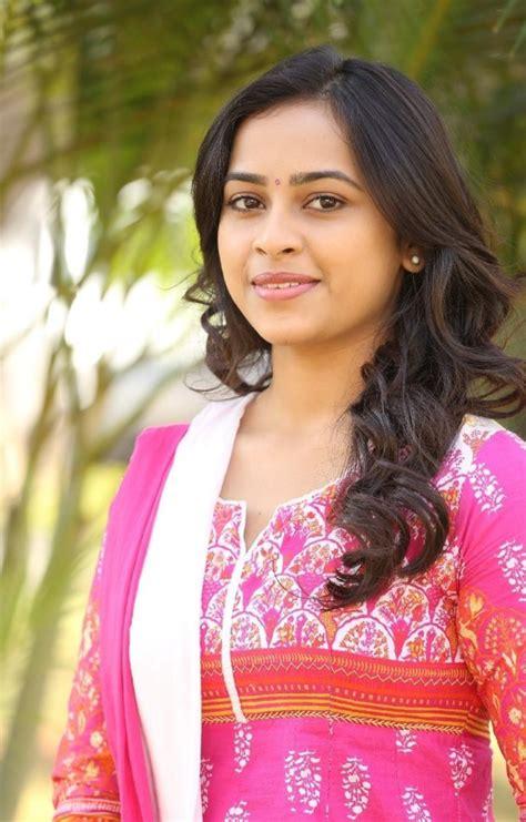 actress sri divya latest photos actress sri divya latest photos 11 south indian cinema