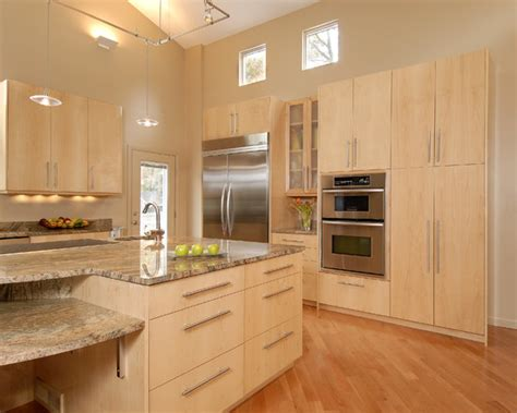 Kitchen Cabinets Maple Wood Modern Kitchen Design With Light Maple Kitchen Cabinets Track Pendant Ls Also Wood Palett