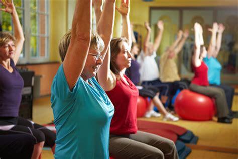 fitnessübungen für zuhause frau gemeinsame fitness 195 188 bungen