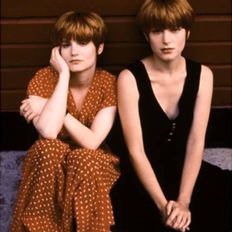 Watch Singles 1992 Watch Singles Online 1992 Servicbling