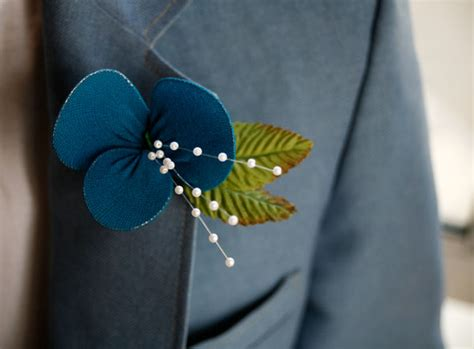 Learn How To Diy A Corsage by Diy Boutonniere Tutorials
