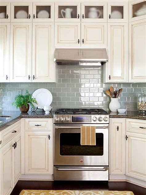 best backsplash for small kitchen best 25 small kitchen backsplash ideas on city