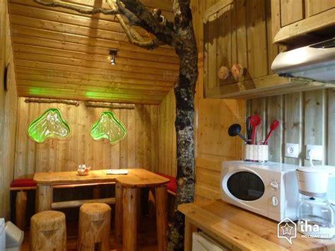 soggiorno casa sull albero agriturismo in affitto a dienn 233 iha 21048
