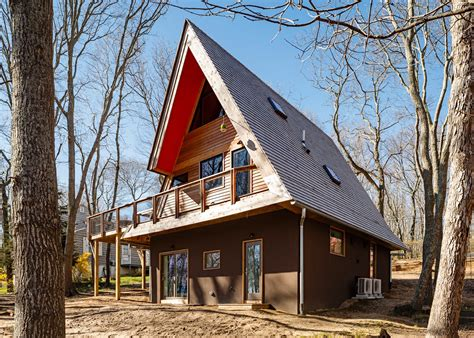 vogue  homes  steeply pitched roofs