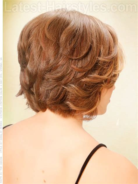 short hair cuts showing the back bob hairstyle with waves and short layers back view