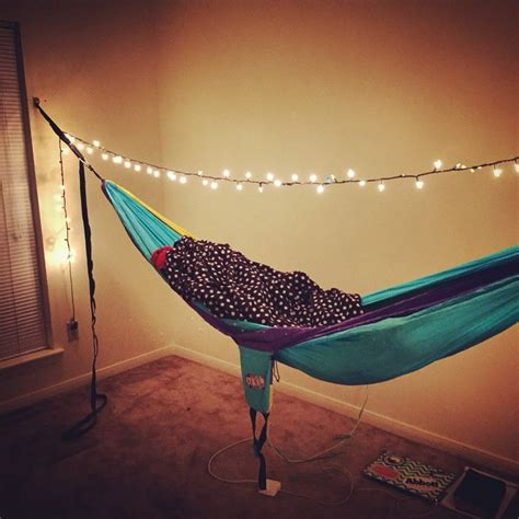 How To Hang An Eno In Your Room by 1000 Ideas About Hammock Bed On Swing Beds