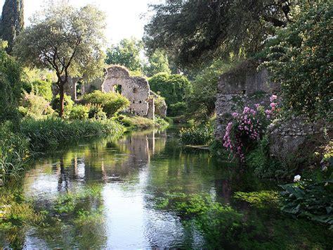 giardini ninfa orari riapre il giardino di ninfa giorni e orari per le visite