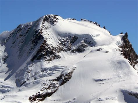 Great Room Plans Ski Tracks On Gran Paradiso Photos Diagrams Amp Topos