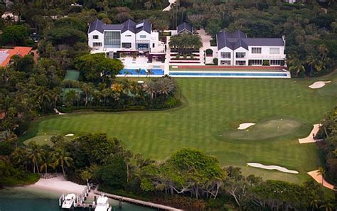 5 former power couples and their mansions