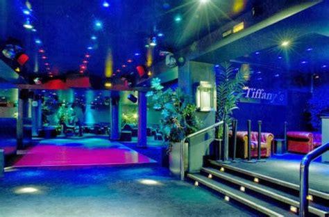 salir por madrid de noche 10 discotecas para salir por la noche en madrid
