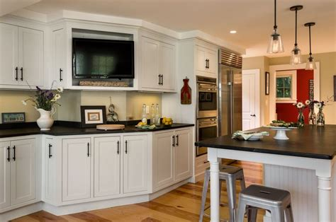 Maine Kitchen Cabinets 1000 Images About Whole House Remodel Addition Coastal Maine Farmhouse On Pinterest Soapstone