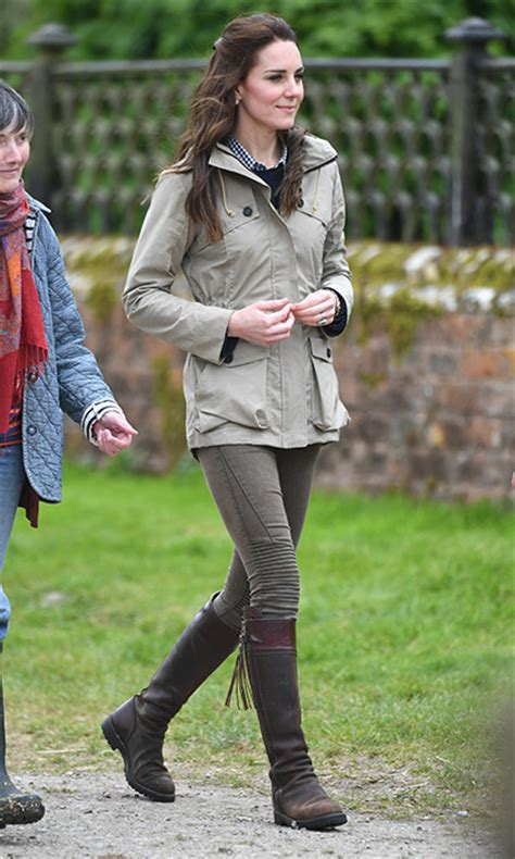 Kate Middleton style: The Duchess of Cambridge wearing