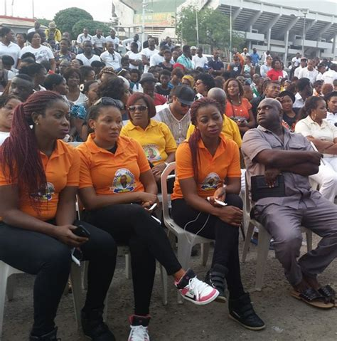 things you didnt know about late muna obiekwe biography candle light procession for late movie star muna obiekwe
