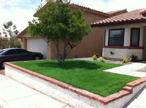 prato per giardino erba artificiale per giardini prato consigli erba