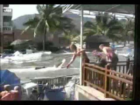 film tsunami in thailand raw tsunami video phuket thailand 2004 youtube