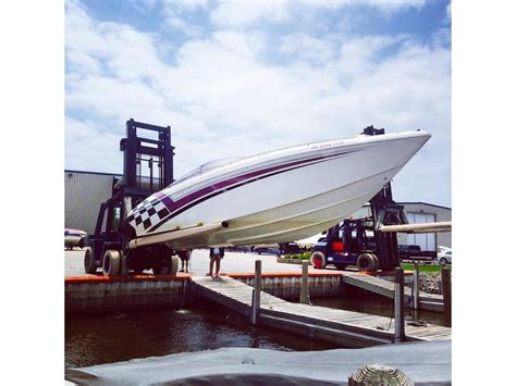 powerquest boats for sale in michigan 2000 powerquest 340 vyper powerboat for sale in michigan