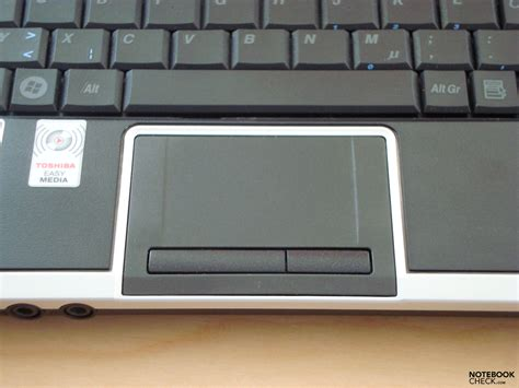 Touchpad Netbook Toshiba review toshiba nb 100 netbook notebookcheck net reviews