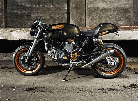 Kaos Classic Bikers Motor Klasik Triumph 6 Original Gildan black and bike january 2013