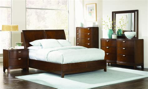 skyline bedroom furniture legacy classic skyline shaped platform bedroom set 0441