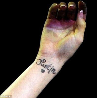 justin bieber selena gomez matching tattoos justin bieber and selena gomez matching tattoos matching