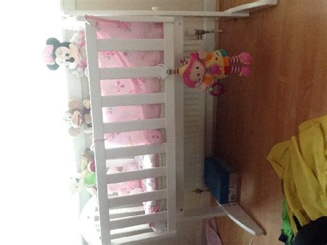 white swinging crib with bumper set offer east ayrshire