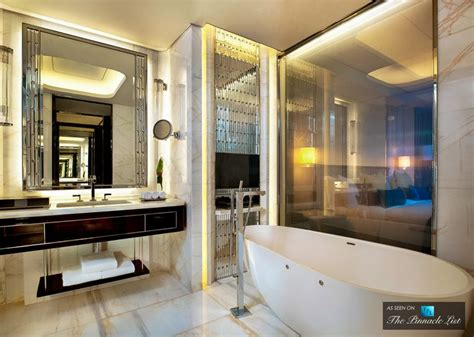 25 best ideas about luxury hotel bathroom on