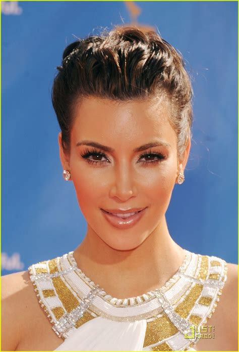 kim kardashian hairstyles 2010 full sized photo of kim kardashian 2010 emmys 11 photo