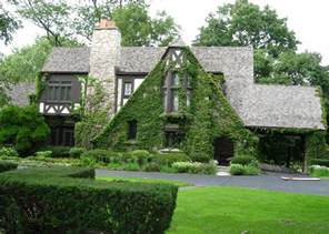 tudor house style style design for country houses