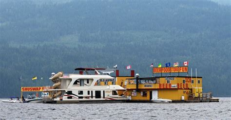 shuswap house boat waterway houseboat vacations shuswap tourism