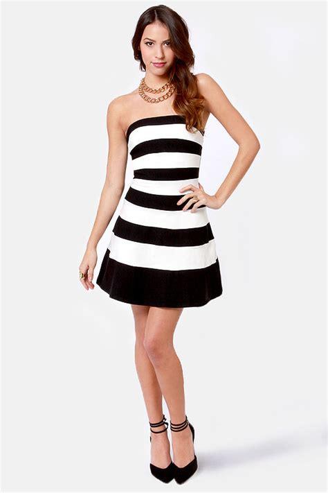 pretty black  white dress striped dress strapless
