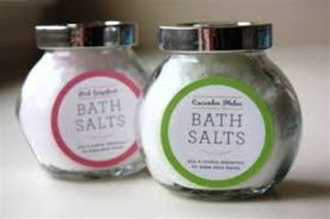 How To Use Bath Salts In Shower by 10 Facts About Bath Salts Fact File