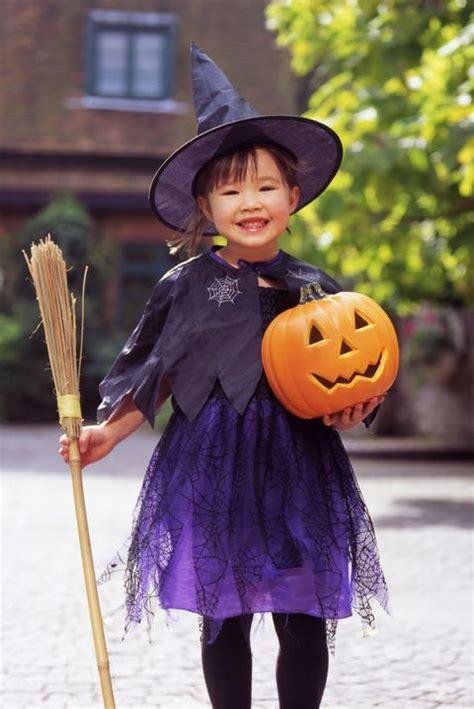 diy kids witch costume     halloween witch