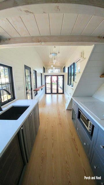 modern cozy tiny house  wheels cozy homes life