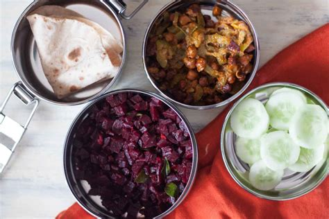 Simple Lunch Box plan simple lunch box with beetroot poriyal and channa