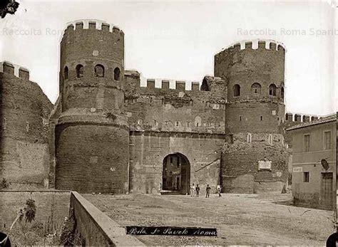 porta san paolo rome porta san paolo piramide cestia roma y santos