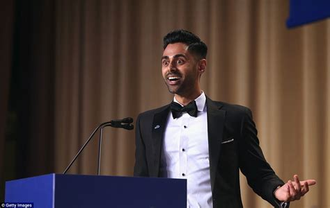 Comedian At White House Correspondents Dinner by Daily Show S Hasan Minhaj Hits At Daily Mail