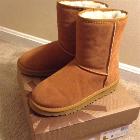 colored boots 40 ugg shoes ugg classic chestnut colored