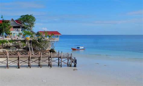 foto pantai terindah  indonesia oktober  daftar