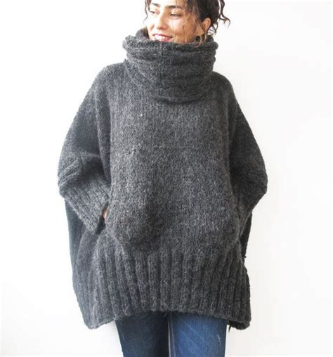 knitted poncho gray knitted poncho with accordion and