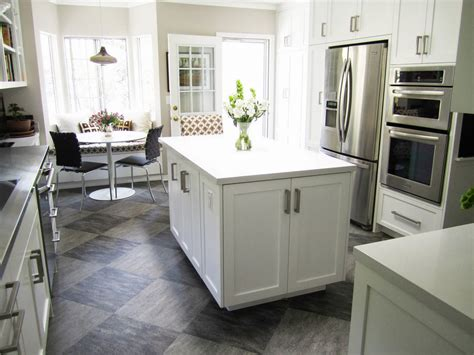 white kitchen l shaped with island eastsacflorist home